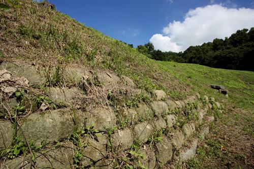 이성산성 남쪽 성벽
