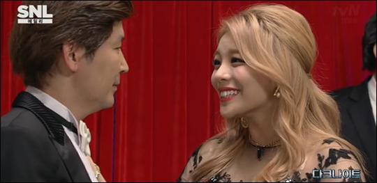 가수 에일리가 팜므파탈 매력을 뽐냈다. tvN 방송화면 캡처
