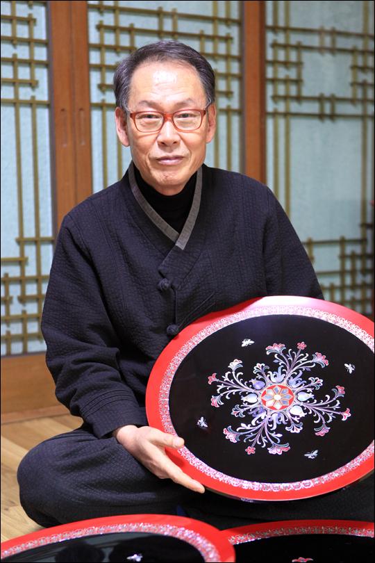 중요무형문화재 10호 나전장 이형만 장인 ⓒ 박상준