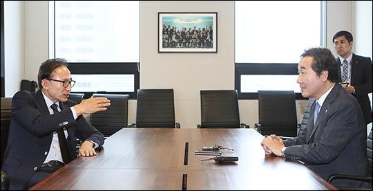이 총리는 지난 2일 이명박 전 대통령을 예방했다. ⓒ데일리안 김나윤 기자