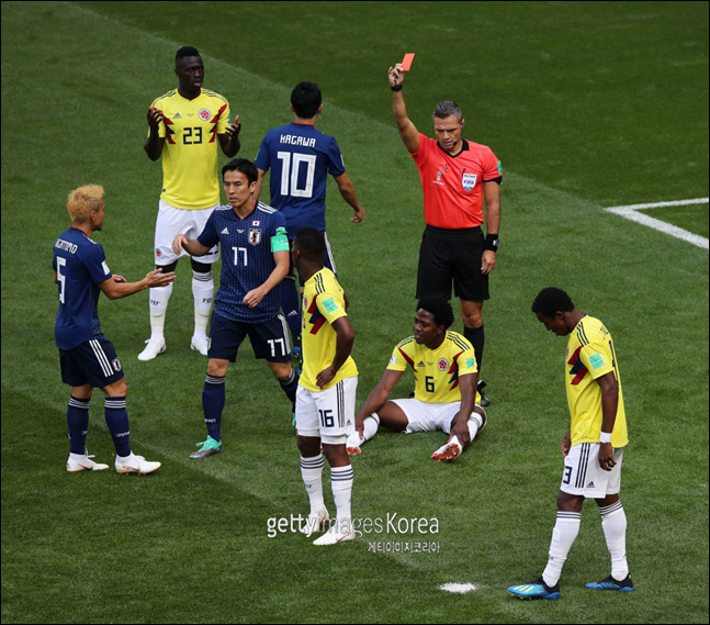 수적 우위를 앞세운 일본은 콜롬비아를 2-1로 제압했다. ⓒ 게티이미지