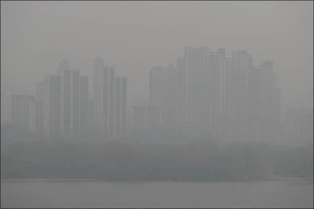 전국 대부분 지역에서 미세먼지 농도가