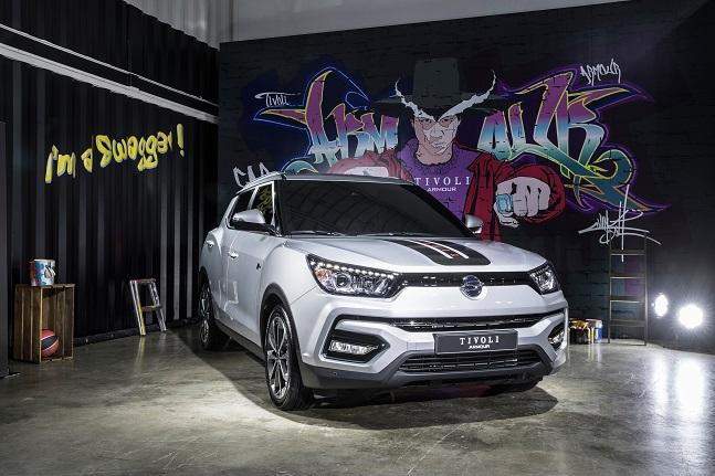 국내 시장에서 소형 SUV 붐을 일으키며 투싼, 스포티지, 코란도C의 차급을