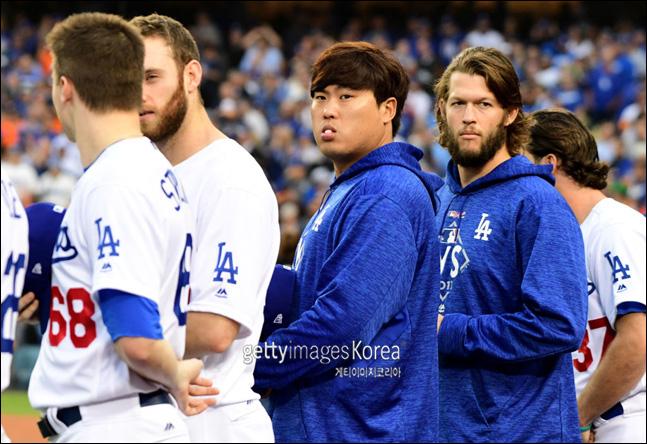 MLB.com이 커쇼-류현진과 재계약한 다저스 마운드를 최강으로 꼽았다. ⓒ 게티이미지