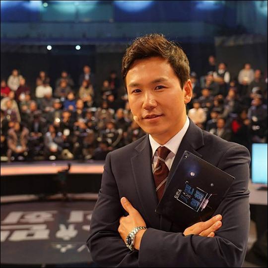 이광용 KBS 아나운서가 송현정 기자를 옹호했다가 누리꾼들의 질타가 쏟아지자 사과했다. ⓒ KBS