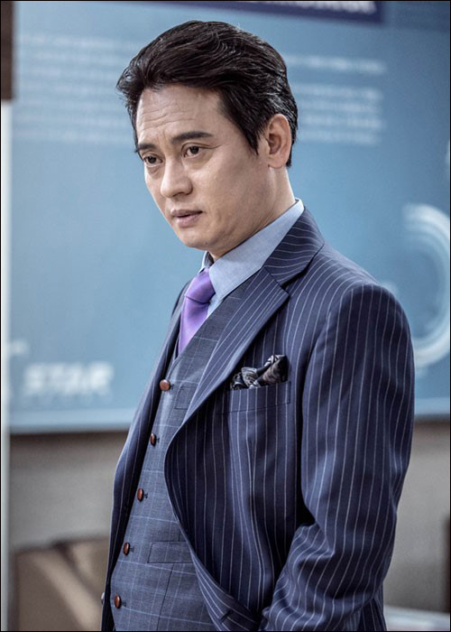 배우 김병옥이 음주운전으로 적발된 당시 아파트 주차장에서만 운전했다고 진술했으나 거짓말인 것으로 드러났다. ⓒ더씨엔티