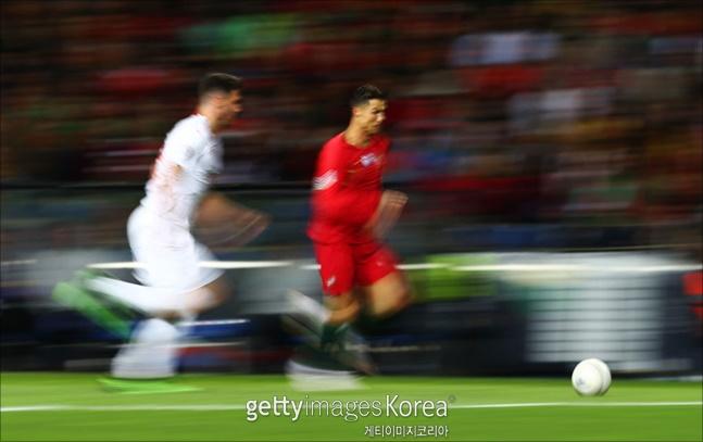 호날두 해트트릭 활약 속에 포르투갈이 스위스를 3-1 완파하고 결승에 진출했다. ⓒ 게티이미지