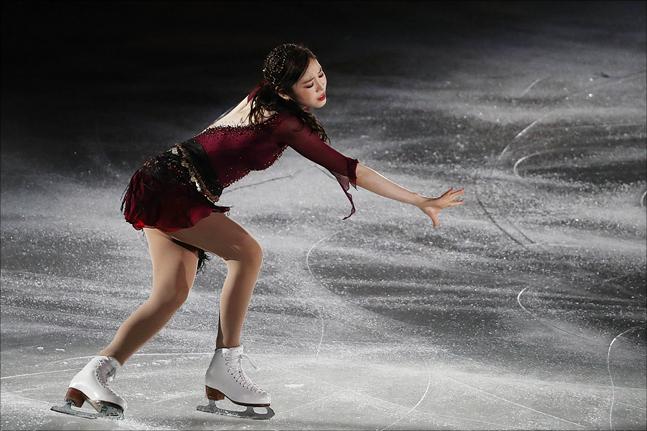 피겨퀸 김연아가 6일 오후 서울 송파구 올림픽공원 KSPO DOME(체조경기장)에서 열린 올댓스케이트(All That Skate) 2019 아이스쇼에서 멋진 무대를 선보이고 있다. ⓒ데일리안 홍금표 기자