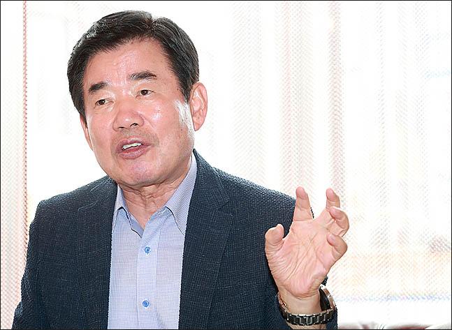 김진표 더불어민주당 의원. ⓒ데일리안 류영주 기자