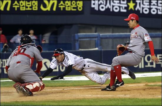 LG는 SK를 상대로 만만치 않은 경기력을 선보였다. ⓒ 연합뉴스