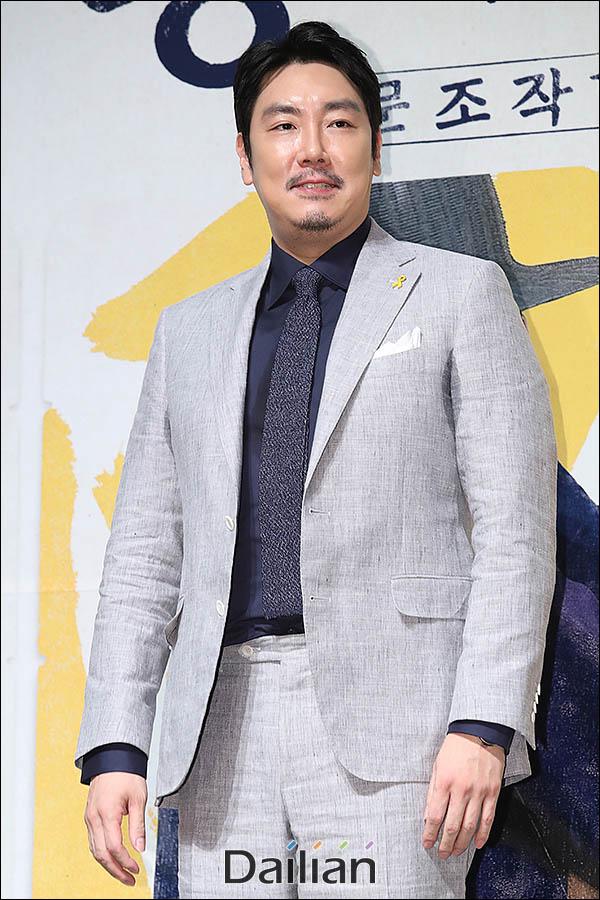 배우 조진웅이 손현주에 대한 존경심을 드러냈다. ⓒ 데일리안 류영주 기자