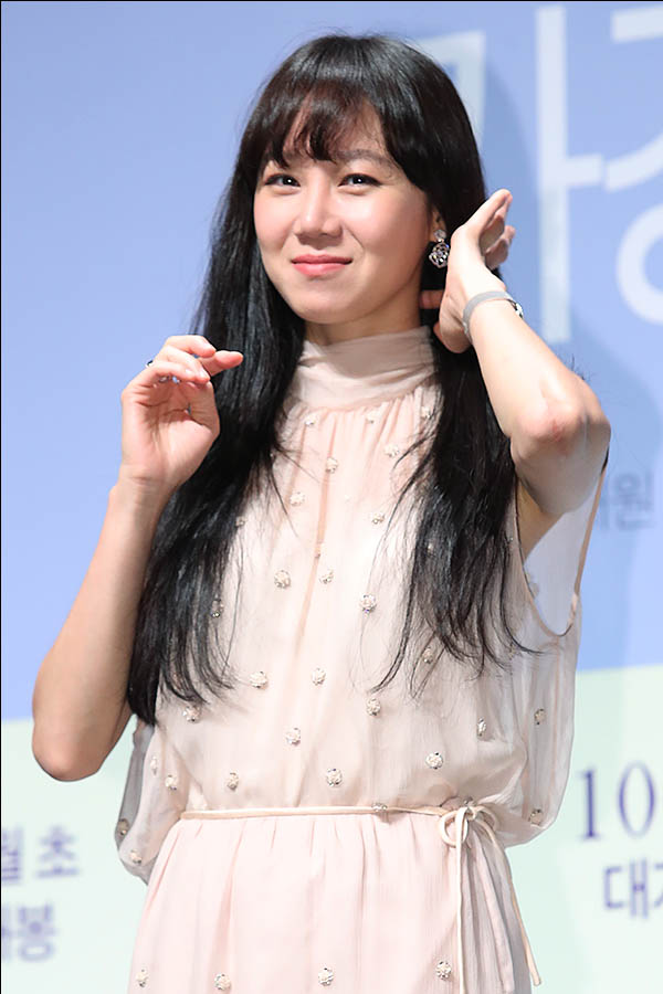 5일 서울 강남구 압구정CGV에서 열린 영화