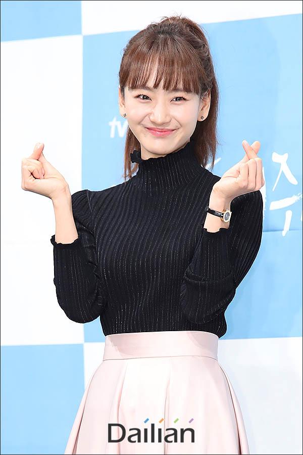 20일 오후 서울 강남구 임피리얼팰리스 호텔에서 열린 tvN 새 토일드라마