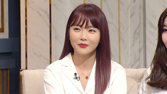 홍진영이 언니 홍선영의 다이어트를 언급해 화제다. ⓒ KBS