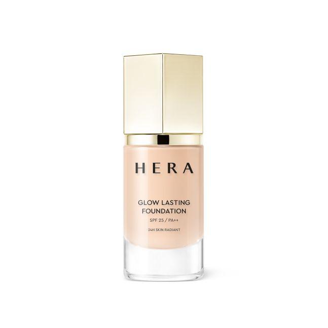 아모레퍼시픽의 럭셔리 뷰티 브랜드 '헤라'가 얇고 투명한 윤기로 24시간 변함없이 빛나는 피부를 만들어주는 '글로우 래스팅 파운데이션'을 출시했다. ⓒ아모레퍼시픽
