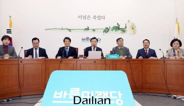손학규 바른미래당 대표가 17일 오전 국회에서 열린 최고위원회의에서 모두발언을 하고 있다. ⓒ데일리안 박항구 기자