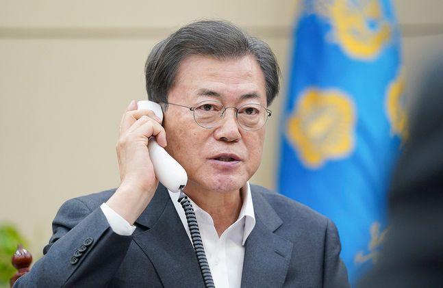 문재인 대통령이 20일 시진핑 중국 국가주석과 통화해 신종 코로나 바이러스 감염증(코로나19) 사태에 대한 대응 방안을 논의했다. ⓒ청와대