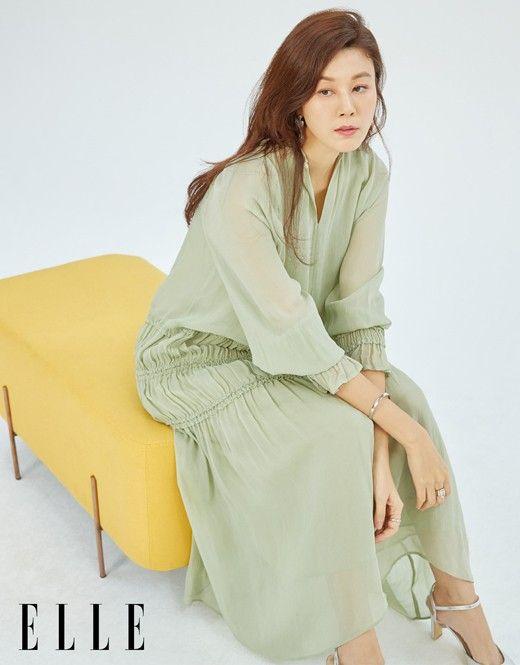 배우 김하늘이 패션 화보를 통해 근황을 공개했다. ⓒ엘르