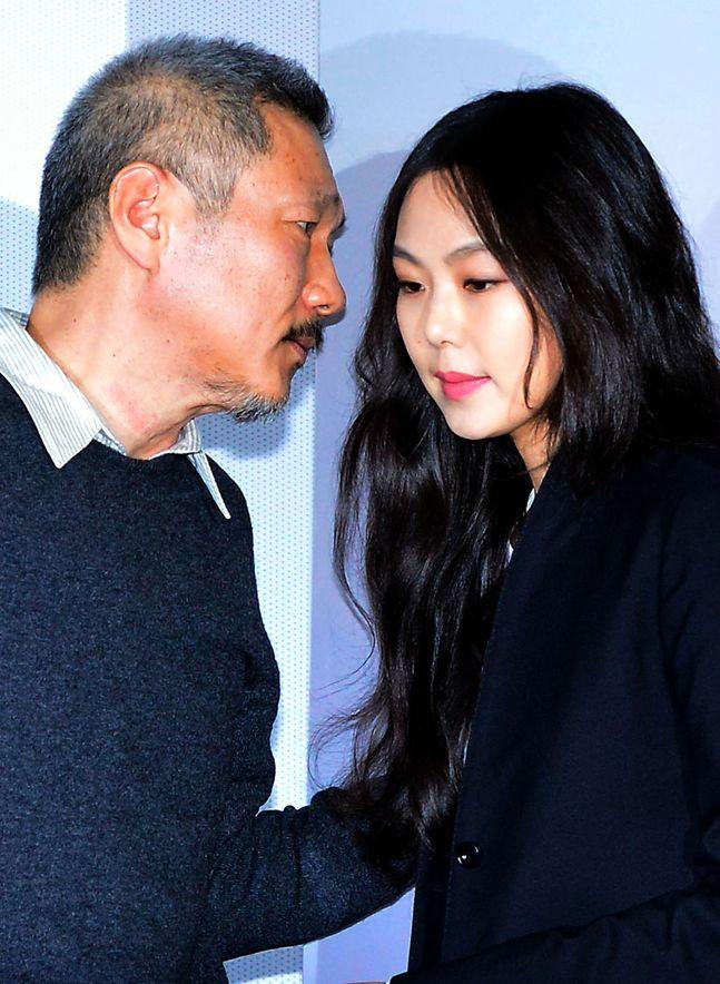홍상수 감독과 그의 연인 배우 김민희가 국내 팬들의 외면을 받은지 오래지만, 해외 영화계에서는 그 명성이 여전하다. © 뉴시스