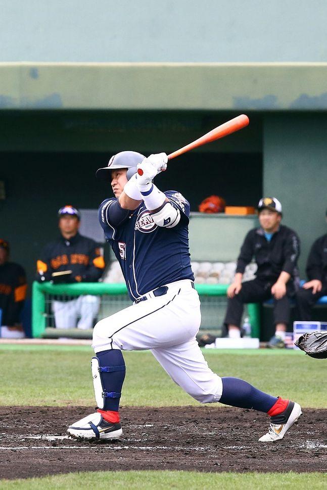 정상호가 요미우리 2군과의 평가전에서 결승 홈런을 터트렸다. ⓒ 두산베어스