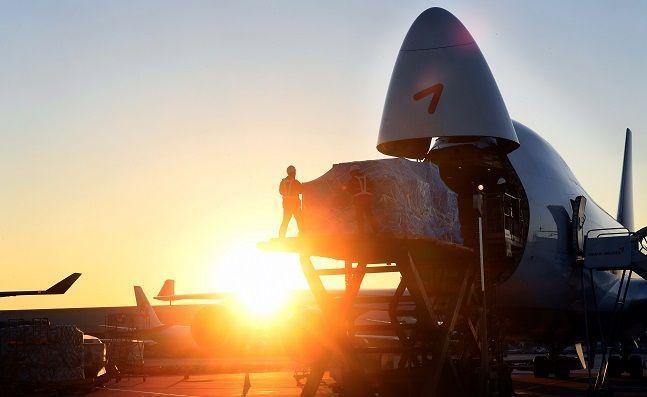 HDC현대산업개발의 아시아나항공 인수자금 조달 과정에 난기류가 감지됐다..사진은 아시아나항공 새해 첫 화물기 OZ987편.Ⓒ아시아나항공