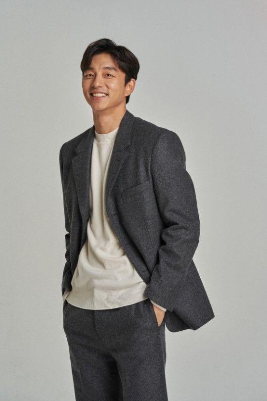 배우 공유가 김태용 감독의 영화