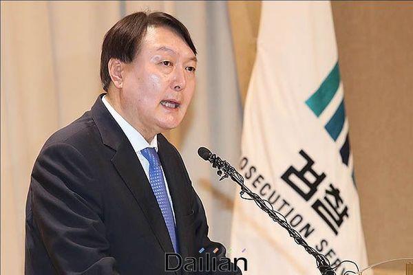 2020년 신년사를 하고 있는 윤석렬 검찰총장(자료사진) ⓒ데일리안 류영주 기자