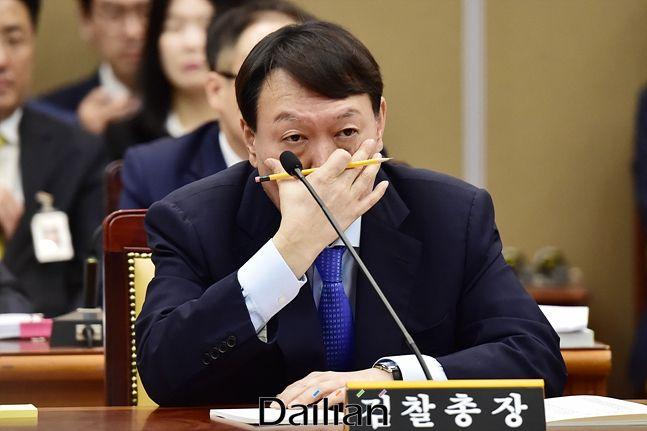 국회 법사위 전체회의에 참석한 윤석열 검찰총장(자료사진) ⓒ데일리안 박항구 기자