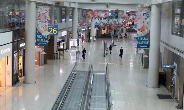 인천국제공항 제1터미널 면세구역이 한산한 모습을 보이고 있다.ⓒ뉴시스