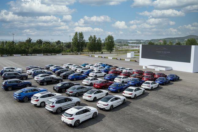 BMW 뉴 5시리즈 및 뉴 6시리즈 월드 프리미어 행사가 인천 영종도 BMW 드라이빙센터에서 27일 개최됐다.ⓒBMW 코리아