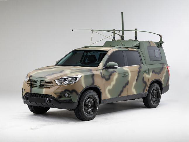 차세대 국군지휘차량으로 개조된 쌍용차 렉스턴 스포츠. ⓒ쌍용자동차