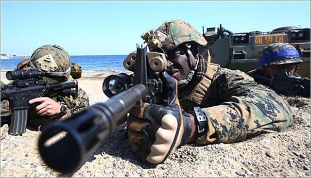 한미 해병대 병력들이 연합훈련을 실시하고 있는 모습(자료사진). ⓒ데일리안