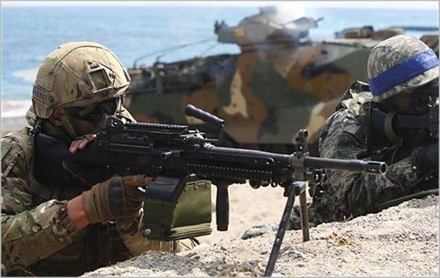 한미 해병대 병력들이 연합훈련을 진행하고 있는 모습(자료사진). ⓒ데일리안