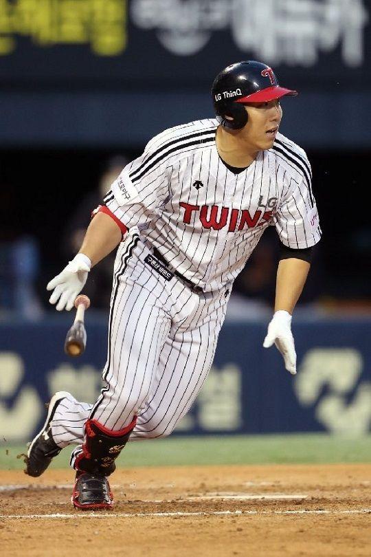최근 2경기 연속 홈런을 터뜨린 LG 김현수 ⓒ LG 트윈스
