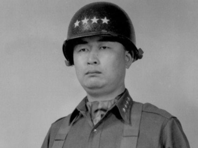 백선엽 예비역 육군 대장이 10일 오후 11시 4분 서거했다. 향년 100세.