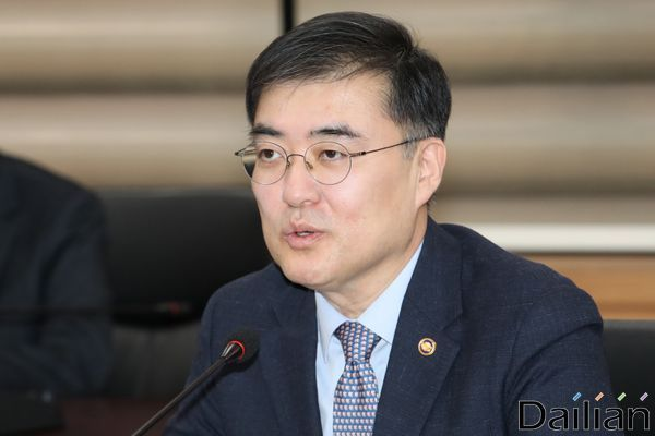 손병두 금융위원회 부위원장(자료사진)ⓒ데일리안