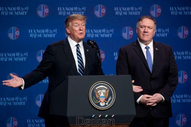 도널드 트럼프 미국 대통령과 마이크 폼페이오 미 국무장관(자료사진). ⓒAP/뉴시스