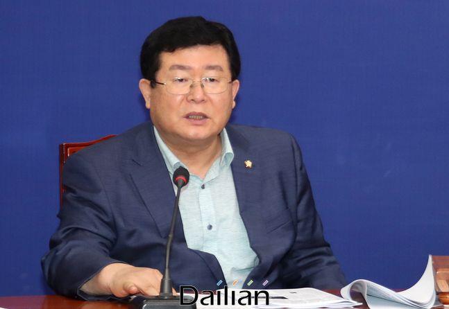 설훈 더불어민주당 최고위원이 지난 7월 31일 오전 국회에서 열린 최고위원회의에서 발언을 하고 있다.ⓒ데일리안 박항구 기자