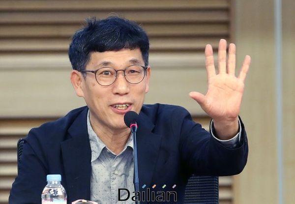 진중권 전 동양대 교수(자료사진) ⓒ데일리안 박항구 기자