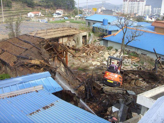 빈집 철거 모습. ⓒ뉴시스 자료사진
