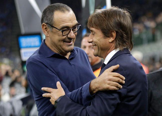첼시를 거쳤던 사리 감독과 콘테 감독. ⓒ 뉴시스
