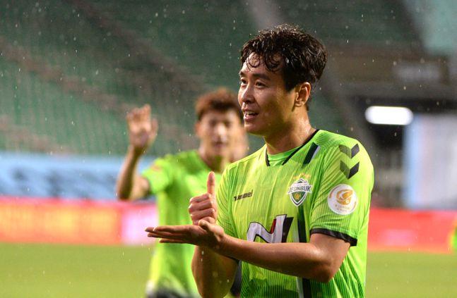 K리그에서 은퇴 투어 행사를 연다면 전북 이동국이 후보 1순위다. ⓒ 뉴시스