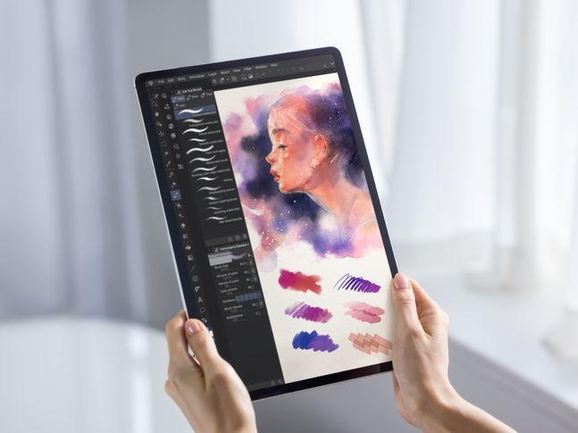삼성전자 갤럭시 탭 S7+ 모델로 그림 그린 모습.ⓒ삼성전자