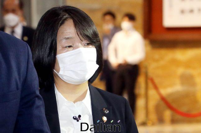 정의연 사태 관련 배임횡령 등 혐의를 받고 있는 윤미향 더불어민주당 의원이 13일 검찰에 출석했다.(자료사진) ⓒ데일리안 박항구 기자