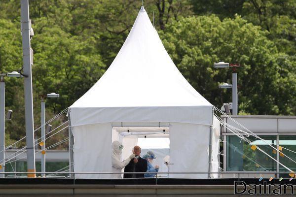 에마뉘엘 마크롱 프랑스 대통령이 신종 코로나바이러스 감염증(코로나19)이 더 확산되더라도 지난 3∼6월 시행했던 것과 같은 전국적 봉쇄령은 하지 않을 것이라고 밝혔다.(자료사진) ⓒ데일리안 류영주 기자