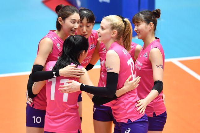 3경기 연속 셧아웃 승리를 거둔 흥국생명. ⓒ KOVO