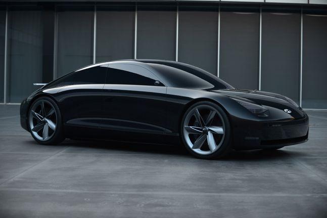 아이오닉 6의 기반이 될 전기차 콘셉트카 프로페시. ⓒ현대자동차