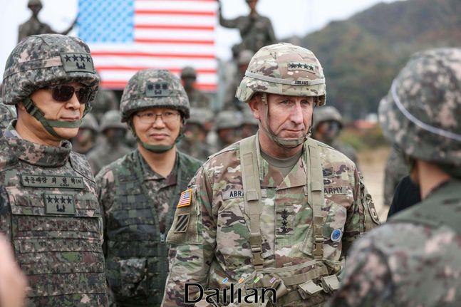 로버트 에이브럼스 한미연합사령관(자료사진).ⓒ주한미군 페이스북