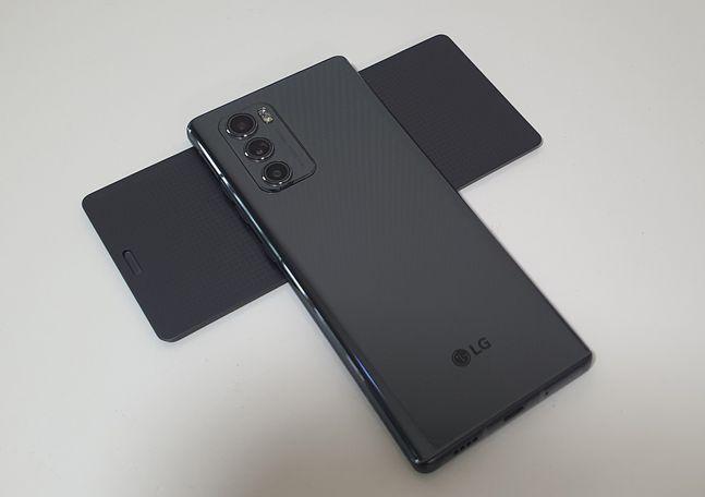 LG전자 전략 스마트폰 'LG 윙' 뒷모습.ⓒ데일리안 김은경 기자