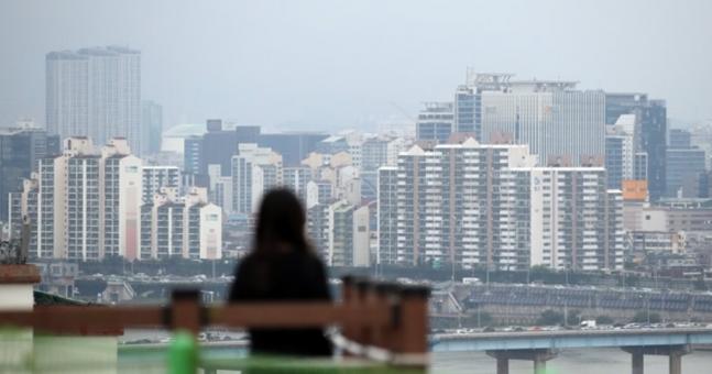 서울 강남구 한강 인근에서 바라본 한강 이북 아파트 ⓒ연합뉴스